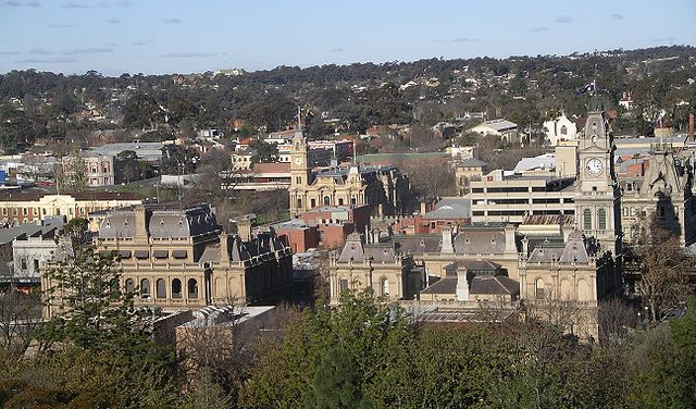 Central Bendigo from Botanic Gardens